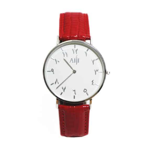 Montre femme fond blanc bracelet rouge